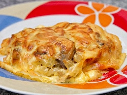 Чушки бюрек на фурна със сирене, кашкавал и Моцарела - снимка на рецептата